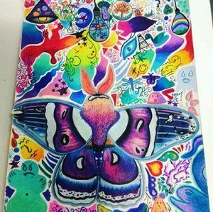 Accessories - Trippy moth